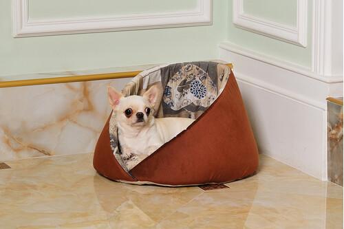 Лежанка мягкое место для собаки Pinki арт. 84