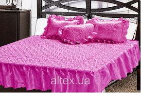 Комплект атласный 209, 100% полиэстер, покрывало с рюшами + подушки