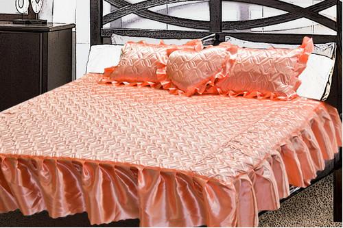 Комплект атласный 222, 100% полиэстер, покрывало с рюшами + подушки