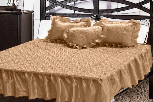 Комплект атласный 212, 100% полиэстер, покрывало с рюшами + подушки