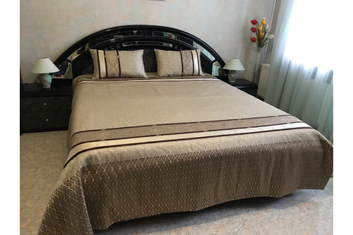Комплект Felicita  покрывало + подушки, размеры 240х240, 50х70, см
